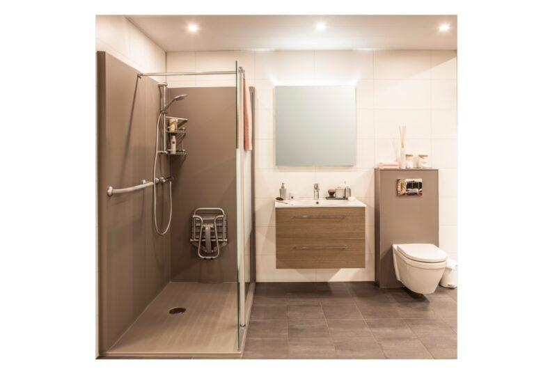 Molenaar badkamer in 1 dag totaal