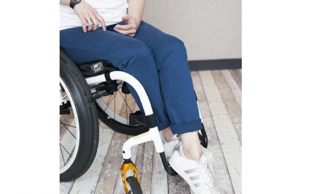10% korting op de Bentley Comfy dames-rolstoelbroek van BE IT BY JENN